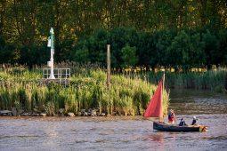 Débord de Loire, Evenement, Bateau